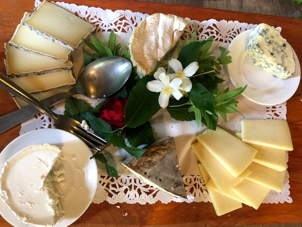 Cheese platter at la Layotte