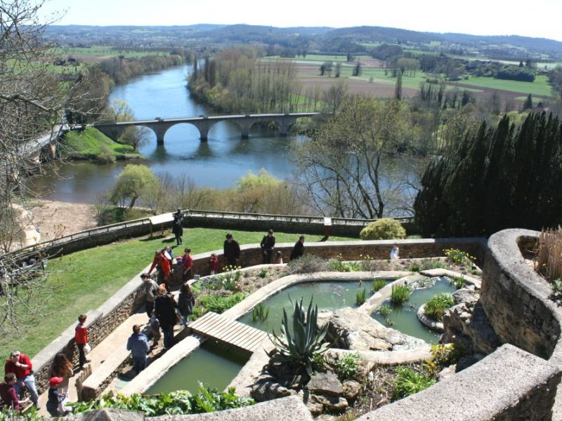 View from the Jardins Panoramiques in Limeuil