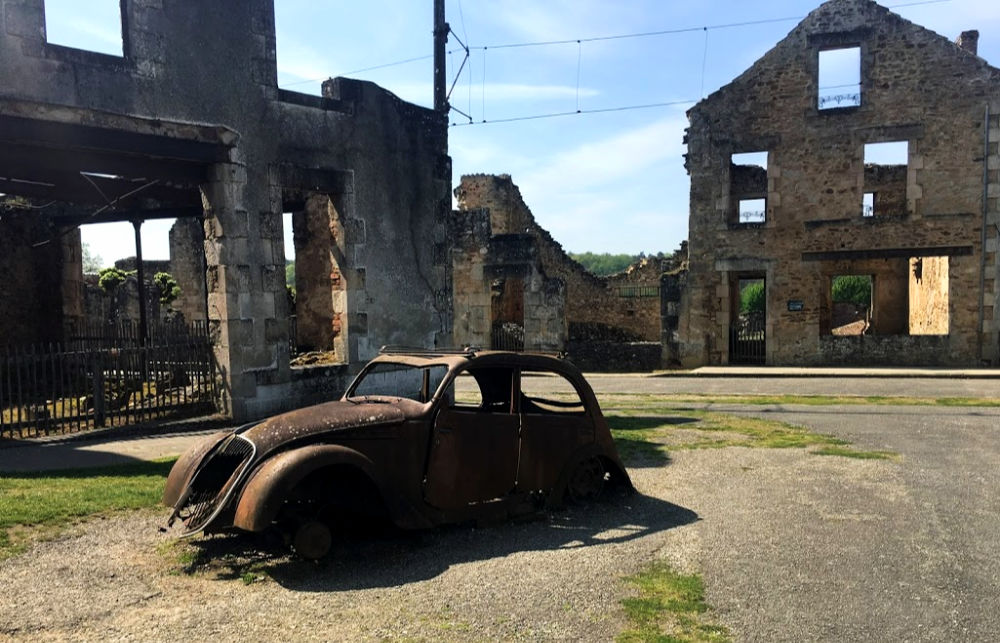 Doctor's Burnout Car in Oradour-sur-Glâne