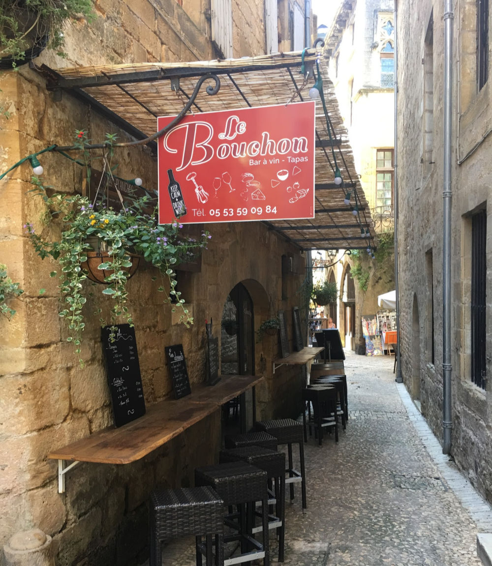 Le Bouchon Tapas Bar in Sarlat